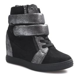 Czarne zamszowe sneakersy na rzepy Amelia 1