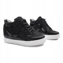 Czarne sneakersy na koturnie Lucienne 1