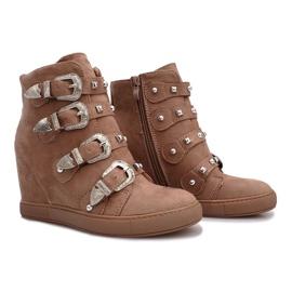 Różowe zamszowe sneakersy z klamrami Maya brązowe 4