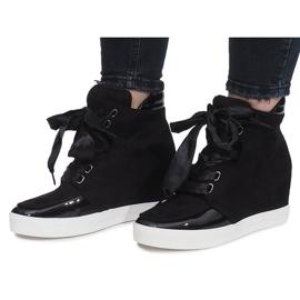 Czarne zamszowe sneakersy Nathalie 1