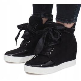 Czarne zamszowe sneakersy Nathalie 4