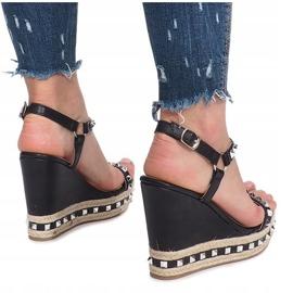Czarne sandały na koturnie z ćwiekami Cubano 4