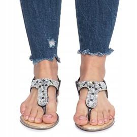 Czarne płaskie sandały z diamentami Larissa 1