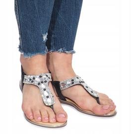 Czarne płaskie sandały z diamentami Larissa 2