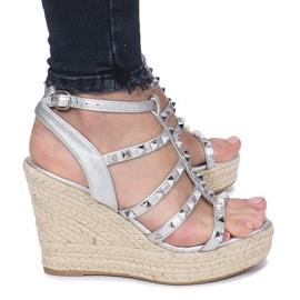 Srebrne sandały na koturnie espadryle Mood szare 2