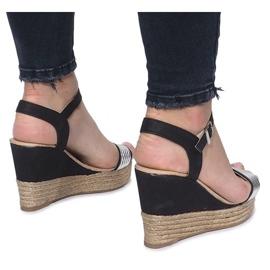 Czarne sandały na delikatnej koturnie Glam Shine 4