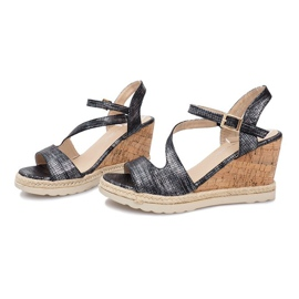 Czarne sandały na koturnie Suede 3