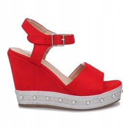 Czerwone sandały na koturnie Travel 1