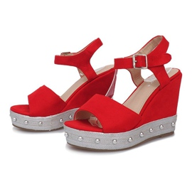 Czerwone sandały na koturnie Travel 3