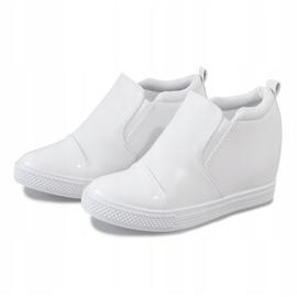 Białe sneakersy na koturnie DD409-2 2