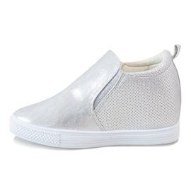 Srebrne ażurowe sneakersy na koturnie DD383-2 szare 1