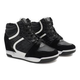 Czarne sneakersy na koturnie K-26 2