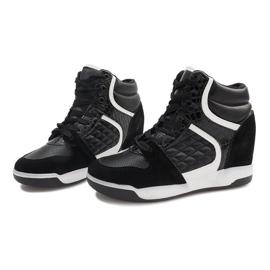Czarne sneakersy na koturnie K-26 3