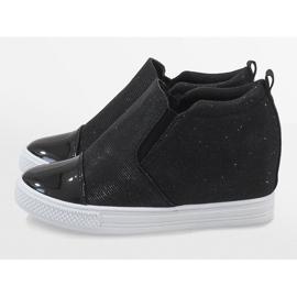 Czarne sneakersy na koturnie DD410-4 5