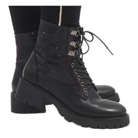 Ideal Shoes Czarne sznurowane botki trapery z cekinami 1621 1