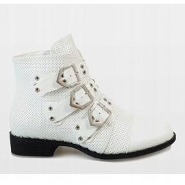 Białe botki z klamrami 17018-94A 1