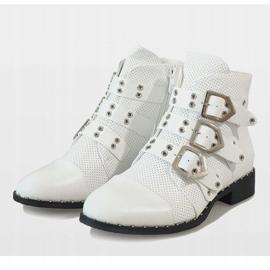 Białe botki z klamrami 17018-94A 3