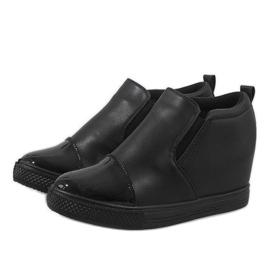 Czarne sneakersy na koturnie DD409-1 3