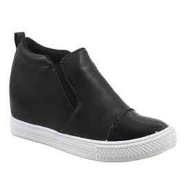 Czarne sneakersy na koturnie DD409-4 1