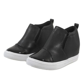 Czarne sneakersy na koturnie DD409-4 5