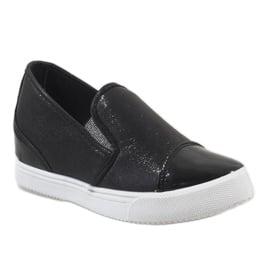 Czarne sneakersy na koturnie DD436-1 1