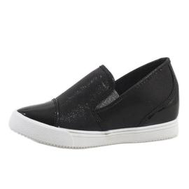 Czarne sneakersy na koturnie DD436-1 2