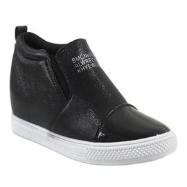 Czarne sneakersy na koturnie DD392-4 1