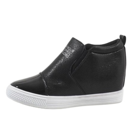 Czarne sneakersy na koturnie DD392-4 2