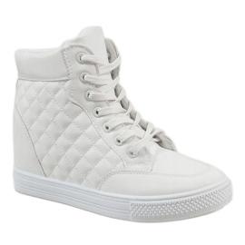 Białe sneakersy na koturnie pikowane DD478-2 1