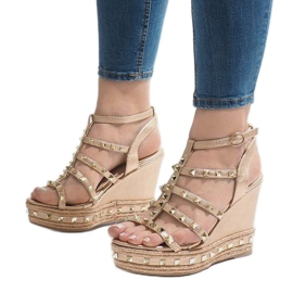 Miedziane sandały koturny VS-368 1