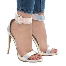 Srebrne sandały szpilki opalizujące L1543 szare 2