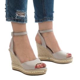 Szare sandały koturny 2084-5 1