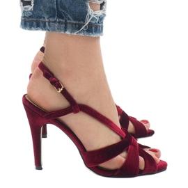 Czerwone zamszowe sandały szpilki 9095-138 3