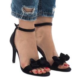 Czarne zamszowe sandały szpilki kokardka LB-291 2