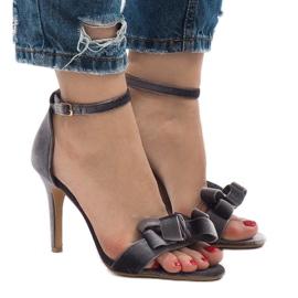 Szare zamszowe sandały szpilki kokardka LB-291 3