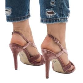 Różowe zamszowe sandały szpilki 9095-138 6