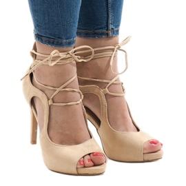 Beżowe sandały na szpilce zamsz JL-01 beżowy 1