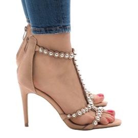 Nude sandały na szpilce z ćwiekami 8296-Y 1