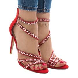 Czerwone sandały na szpilce 9081-9 1
