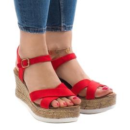 Czerwone sandały na koturnie XL104 1