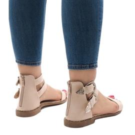 Różowe płaskie sandały z klamerką 170 3