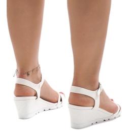Białe sandały na platformie Y-8217 3