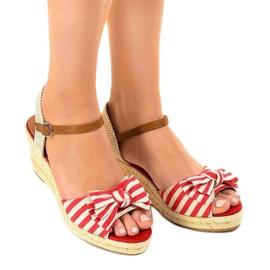 Czerwone sandały koturny z kokardką W032 2