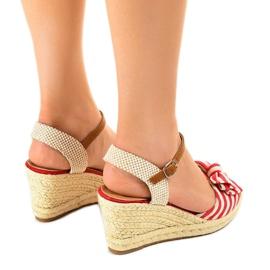 Czerwone sandały koturny z kokardką W032 3
