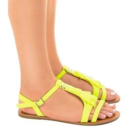Żółte sandały płaskie z klamerką WL137-1 2