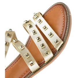 Złote sandały płaskie zdobione M-520 żółte 4