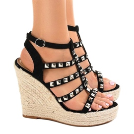 Czarne sandały na koturnie słomiane 9529 3