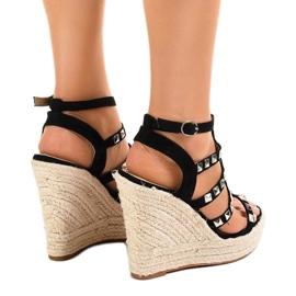 Czarne sandały na koturnie słomiane 9529 4