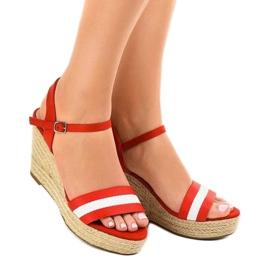 Czerwone espadryle sandały na koturnie 9072 1