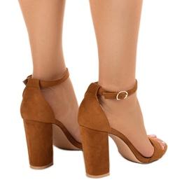 Brązowe eleganckie sandały na słupku LA-106 3
